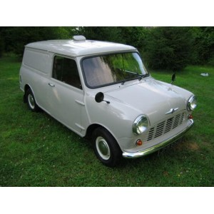 Face Av Van et Break-austin-mini