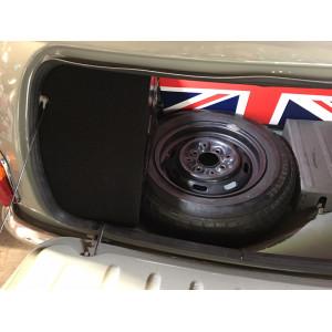 Intérieur de coffre rigide avec bandeau simili -